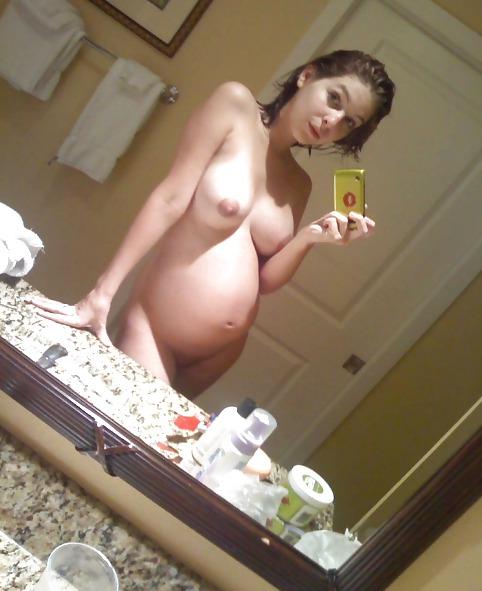 Schwangeres Flittchen will durchgebumst werden